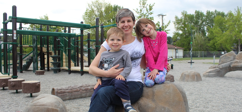 Vanier recipient Erin Hetherington with her children Thomas and Alexia.
